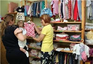 hot sale online 38af1 20be3 Günstige Kleidung für Kinder - Sozialdienst katholischer ...