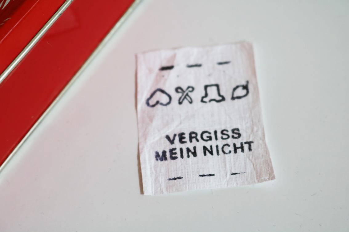Label *vergissmeinnicht*