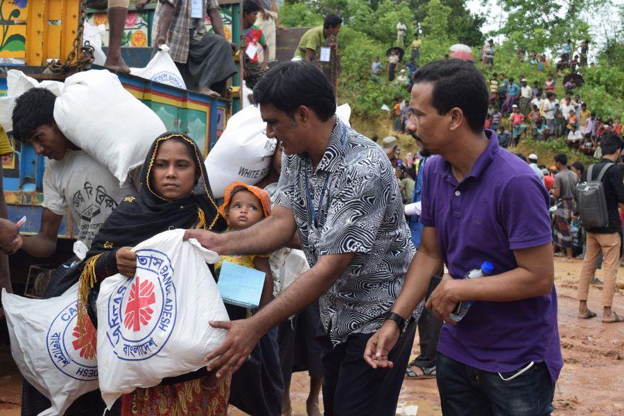 Verteilung von Lebensmitteln in Bangladesch