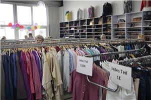 Große Auswahl An Secondhand Mode Zu Fairen Preisen