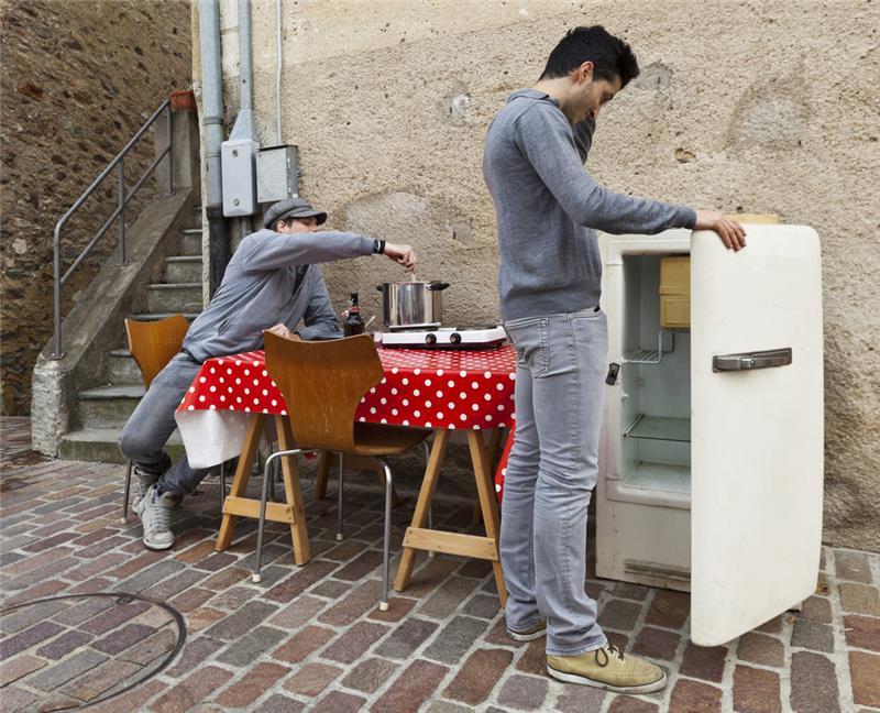 Kühlschrank Neu : Euro für einen neuen kühlschrank