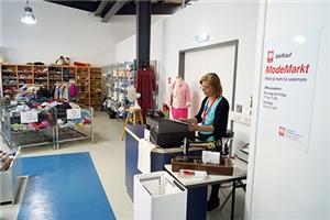 Neu In Der Krefelder Fairkauf Familie Modemarkt An Der Hülser Straße