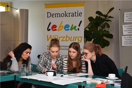 Hate Speech Workshop mit youngcaritas Würzburg