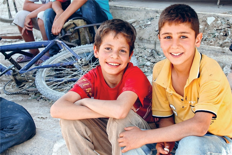 zwei Kinder in Syrien